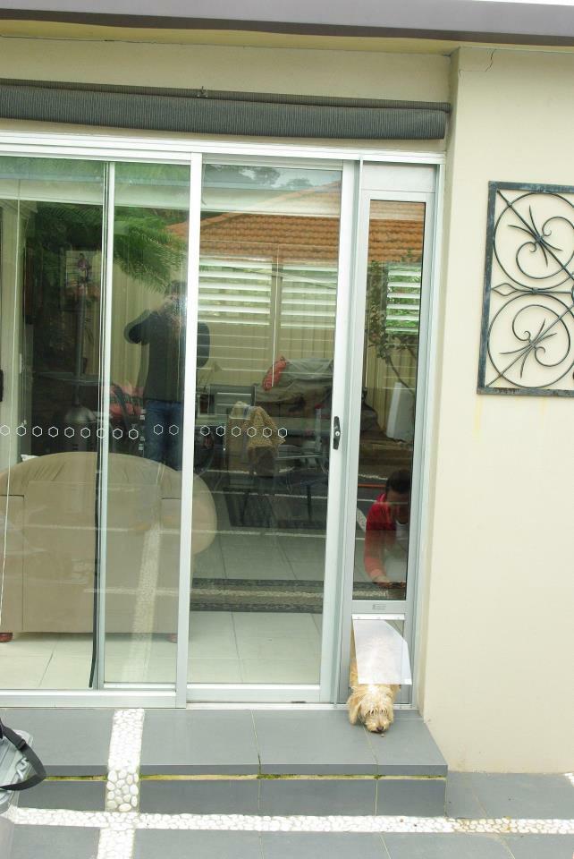 Patio Pet Door Inserts for Sliding Doors, Fully Lockable