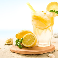 Citronnade ou orangeade à la menthe