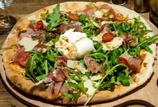 Pizza Burrata.jpg