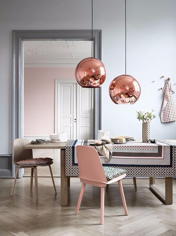 Mesa jantar com pendente rose gold