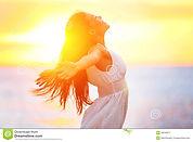 enjoyment-free-happy-woman-enjoying-suns