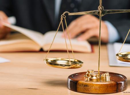 Suprema Corte niega suspensión en amparo contra compensación limitada.