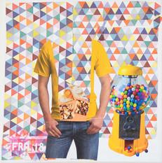 mann-t-shirt-gelb-dreiecke-web.jpg