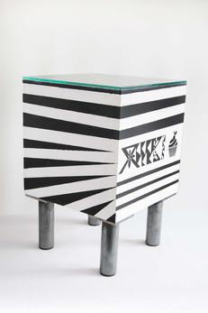 3-cubo-schwarz-weiss-seite-01.jpg