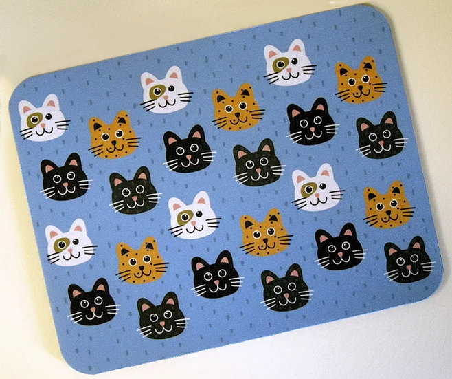 Smiling cats fabric topped mousemat