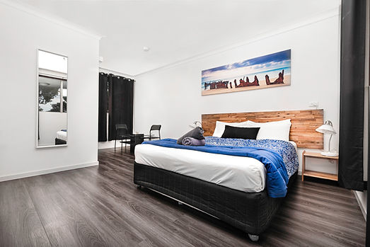 Room4_1.jpg
