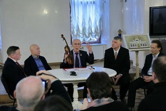 SPb_2019_vystavka_A.Kochevnik_6727.jpg