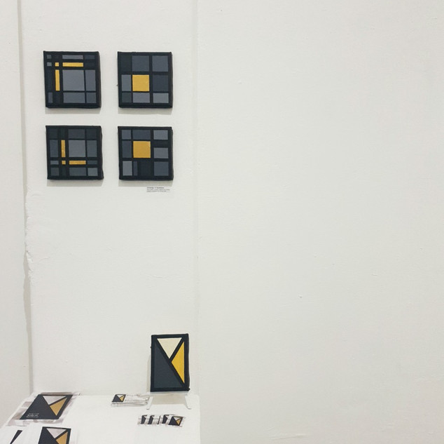 Exhibition set