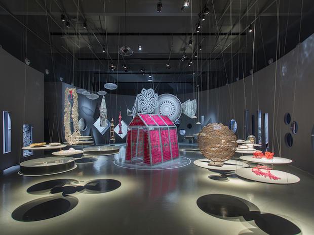 Entering the exhibition W. Women in Italian Design, Exhibition design by Magherita Palli