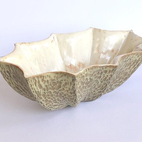 Star Bowl Oval Carve Tan
