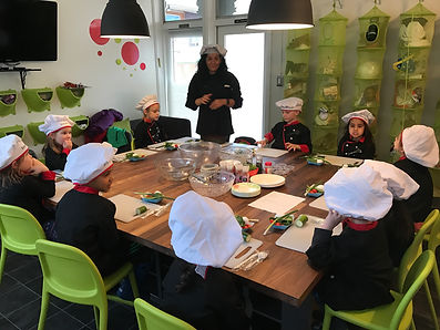 kids cooking at cooking clash - MSV