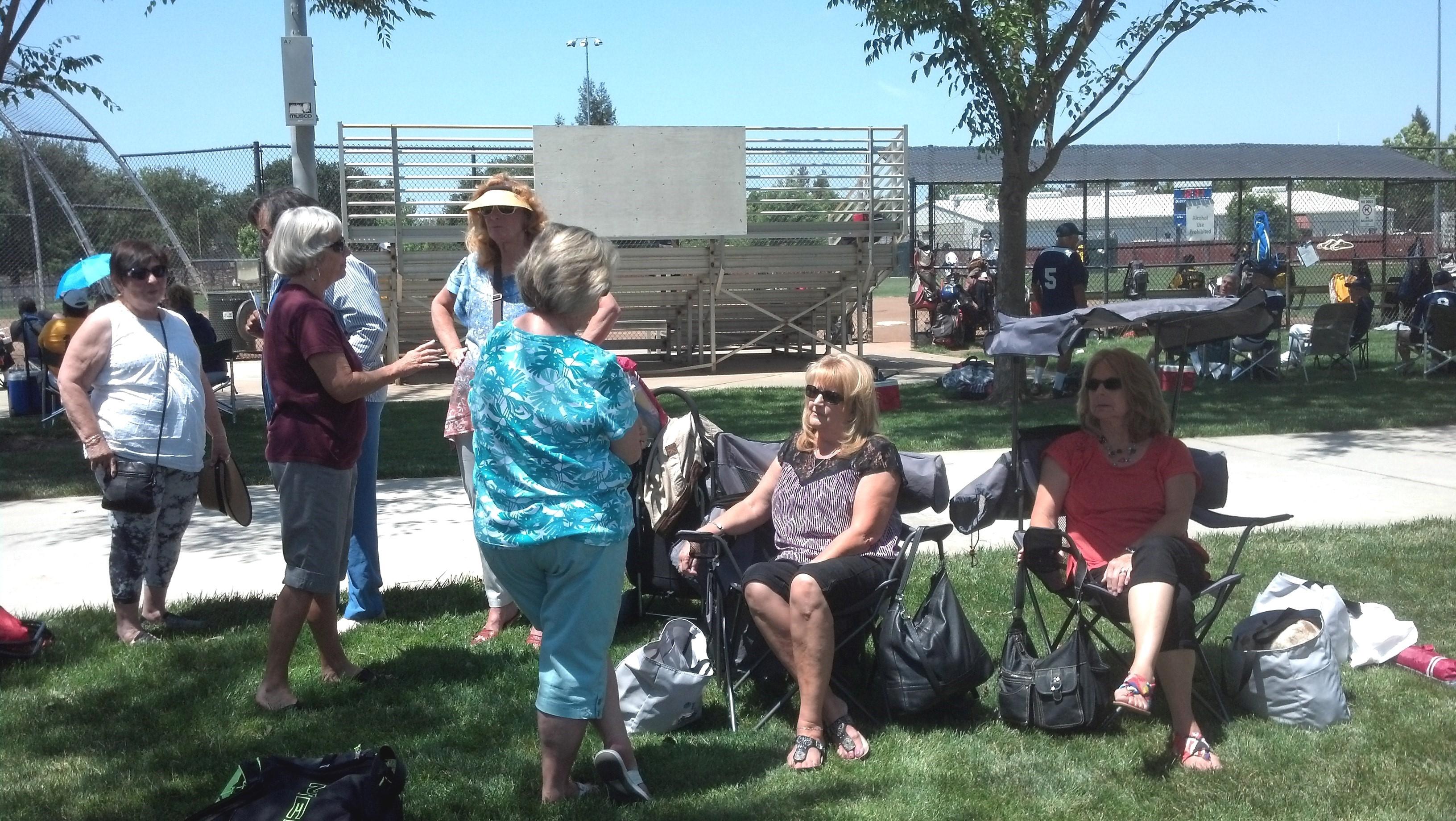 Fans at Laguna Park 2015.jpg