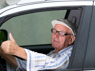 4 Tips You Can Use If You Suspect Your Aging Parent Should Not be Driving