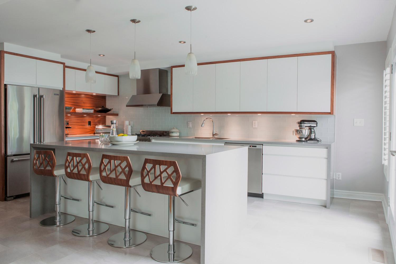 Modern Walnut And White Kitchen Cabinetry Modern Kitchen Design.