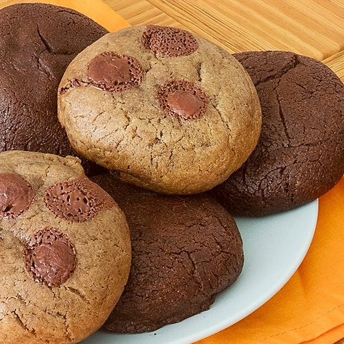 Cookie de Chocolate + Chocolates
