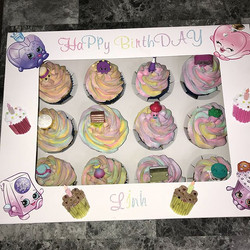 Sprinkle filled shopkins cupcakes
