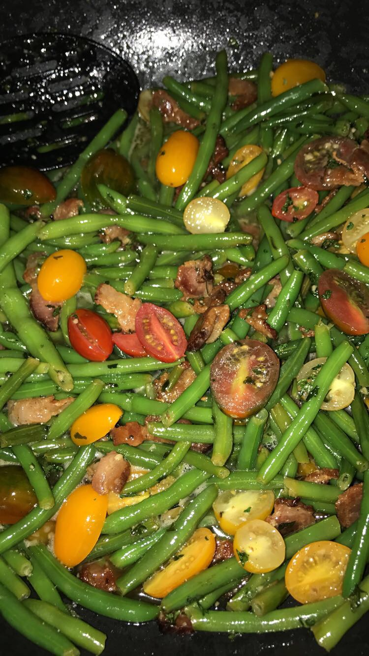 Satueed Green Beans with bacon