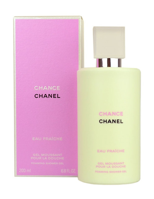 7d3601773f76 A foaming shower gel with the floral-sparkling notes of CHANCE EAU FRAÎCHE.  A light lather that leaves the skin delicately fragranced.