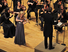 Violinist Stephanie Chase in concert