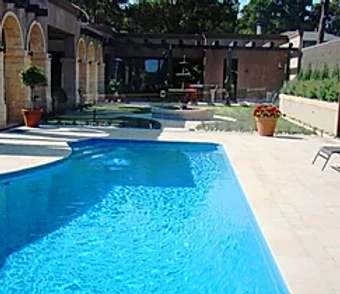 Travertine - Ivory - Unfilled and Tumbled - Pavers
