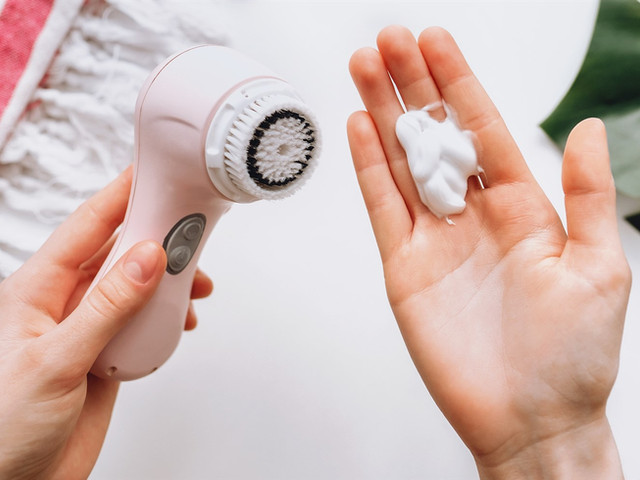 How to shop for a facial cleanser brush, according to experts