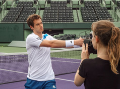 Camerawoman Documentary & Sports