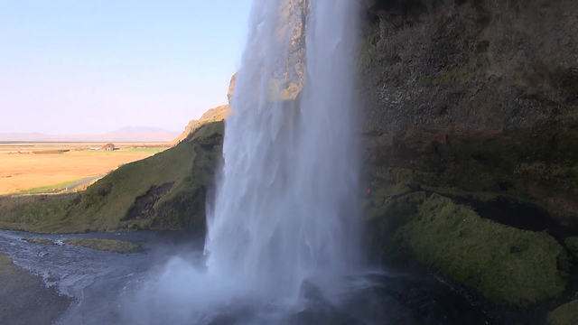 Video of famous waterfalls and hot geysers that you can see on your family travel to Iceland with kids
