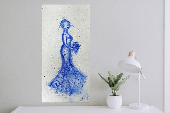 La lady bleue est élégante, belle, calme et sereine. Elle s'engage à vivre avec la personne qu'elle aime pour le restant de sa vie...