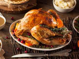 10 Hacks To Take The Stress Out of Thanksgiving!