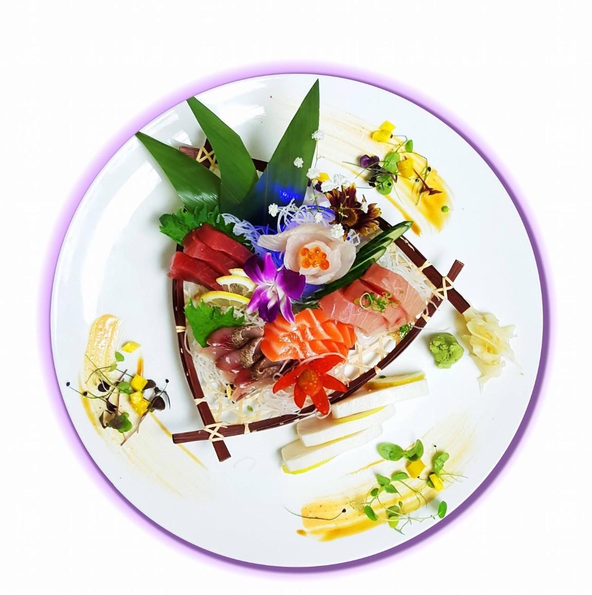 sashimi 3_edited_edited.jpg