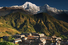 Annapurna-massif-village-Nepal.jpg