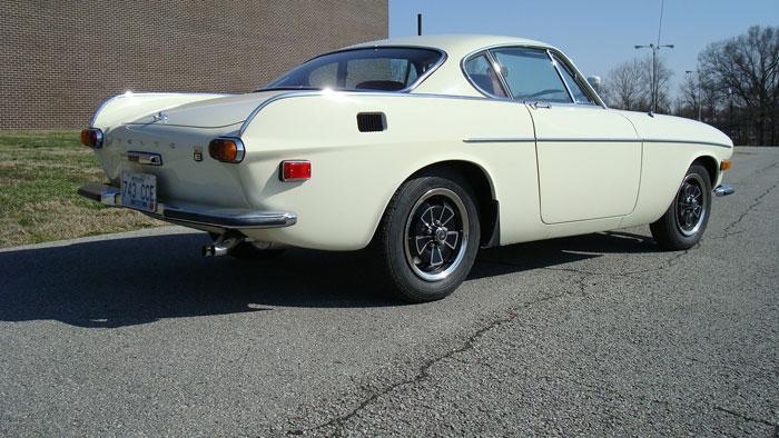 1971 Volvo P1800E
