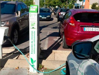 Real Decreto que facilita el despliegue de puntos de recarga para vehículos eléctricos
