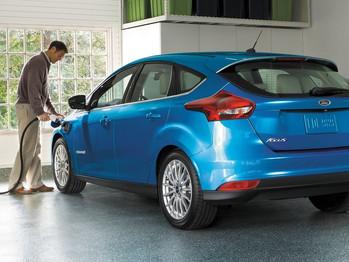Ford lanza un nuevo Focus eléctrico y anuncia 13 modelos más en los próximos cinco años