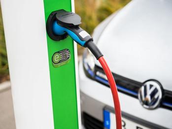 La Región de Murcia duplica sus puntos de recarga para vehículos eléctricos