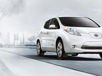 Nissan recorre 2.700 km en España para explicar ventajas del coche eléctrico