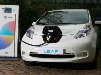 Los coches eléctricos serán unidades móviles de energía limpia