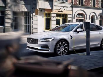 Volvo quiere vender un millón de vehículos eléctricos para el año 2025