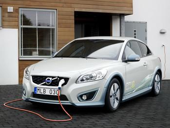 Volvo emplaza a industria a estandarizar la recarga de vehículos eléctricos