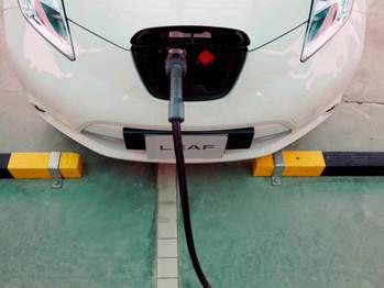 El plan para impulsar el vehículo eléctrico en España, a años luz de Europa