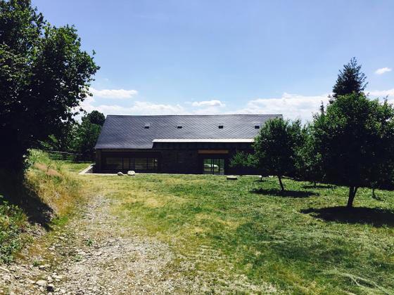 Revitalizace stodoly v Rešově bude pro letošek zazimována, zbývají dřevěné fasády a interier.