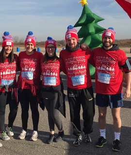 CNL running for 22q11.2 deletion syndrome awareness at the 2017 ugly sweater run NYC