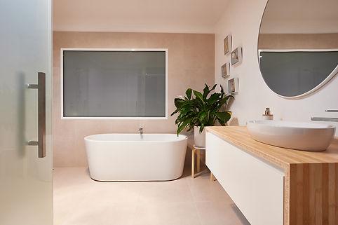 SSH_9296_banner_bathroom_renovations.jpg