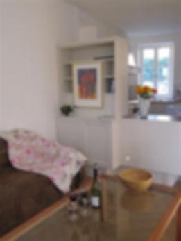 Nyons-Lejlighed koek-stue.jpg