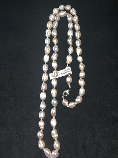 "32"" Pearl Necklace"