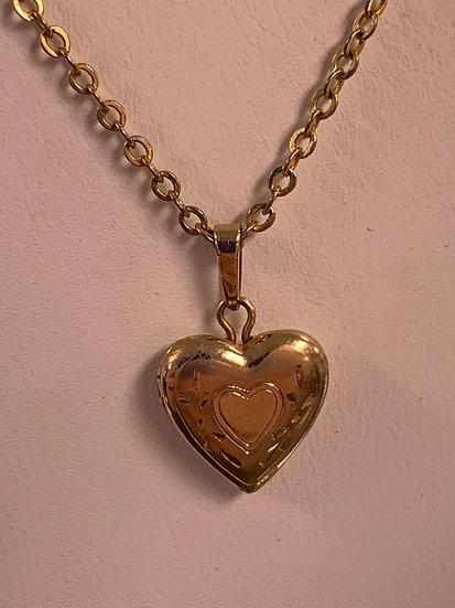 10k heart locket necklace