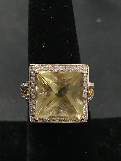 Citrine and Diamond 14k gold Fashion Ring