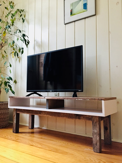 relove tv bench (sold)