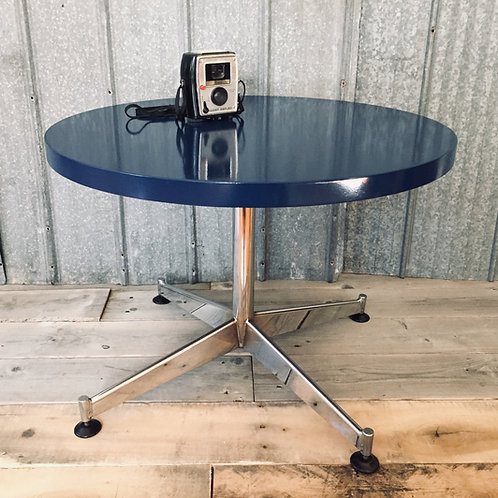 retro round side/coffee table (sold)