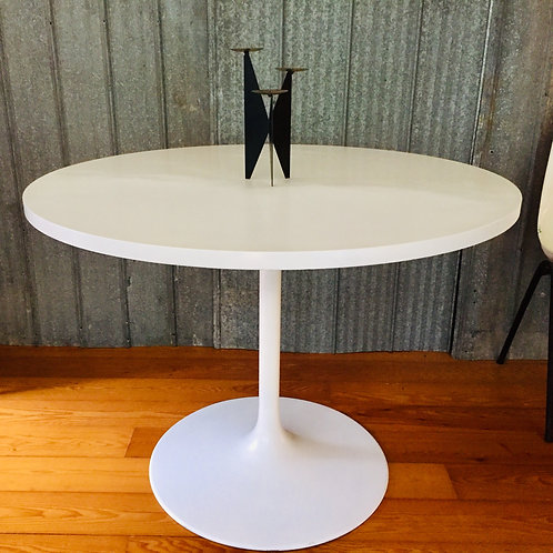 retro round dining table (sold)